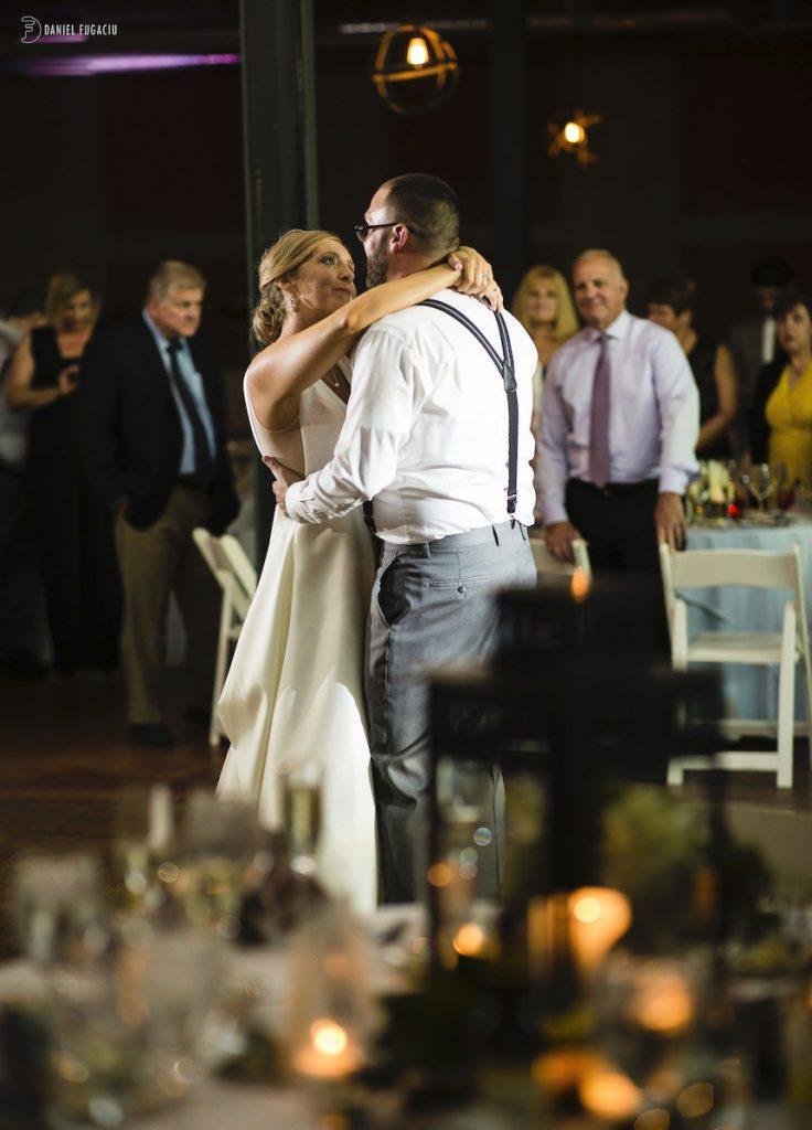 Alyssa & David outdoor wedding photos 12